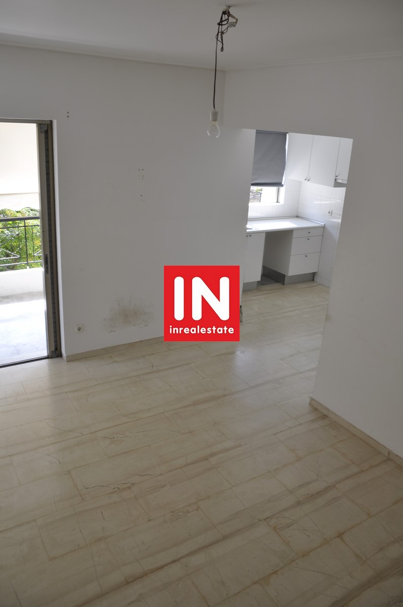 Πωλείται διαμέρισμα στο μαρούσι – Apartment for sale at Athens Marousi area, next to train, Electric Railways (ISAP)